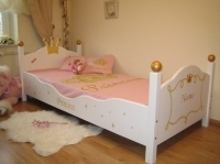 princess bett kinderbett f r eine prinzessin 90x200 ebay. Black Bedroom Furniture Sets. Home Design Ideas