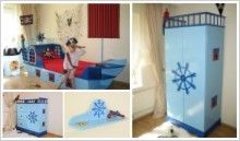 Kinderzimmer Piratenschiff blau