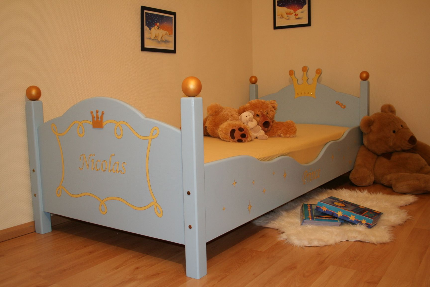 kinderbett prince hellblau bei oli niki online bestellen. Black Bedroom Furniture Sets. Home Design Ideas