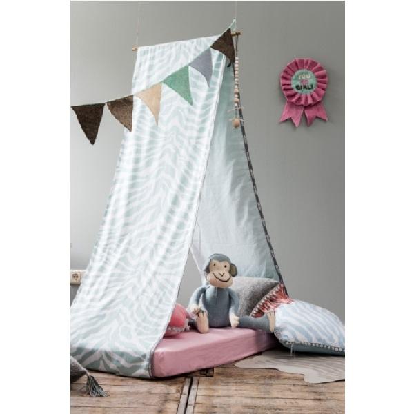 teppich zebra rosa oli niki. Black Bedroom Furniture Sets. Home Design Ideas