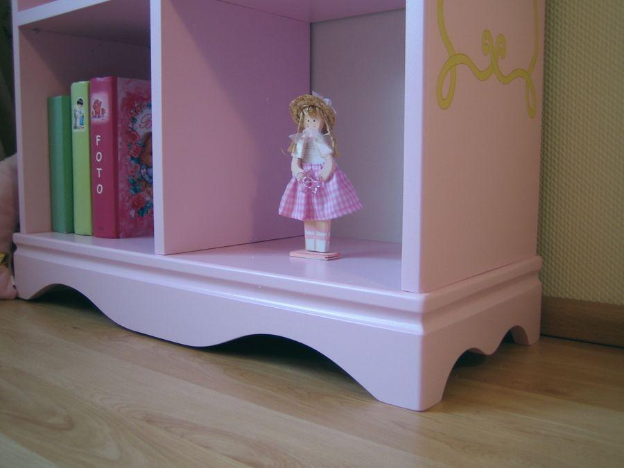 b cherregal princess rosa bei oli niki online bestellen. Black Bedroom Furniture Sets. Home Design Ideas