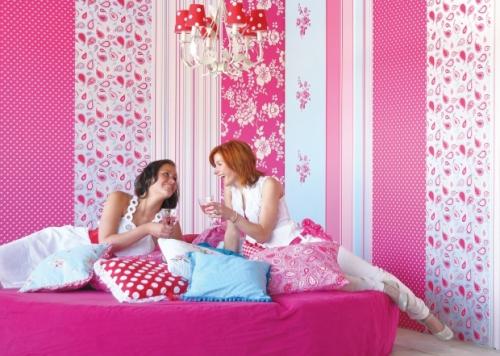 Kinderzimmer Tapeten Gestreift : Kinderzimmertapete gestreift rosa rot bei OliundNiki kaufen