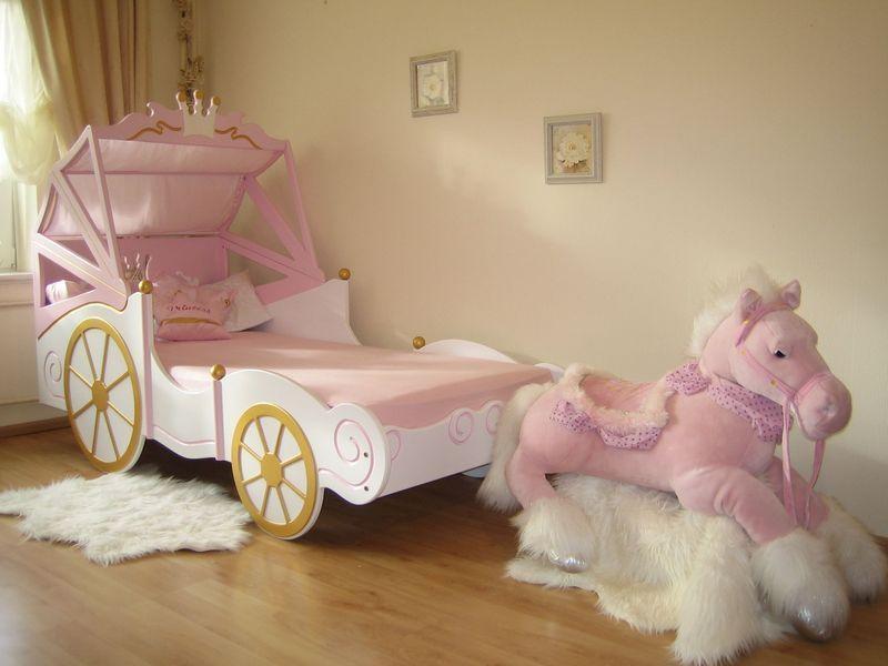 Kinderbett Königliche Kutsche offen im Shop von Oli&Niki