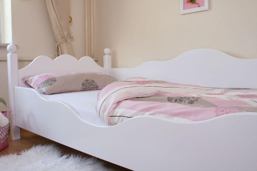 exclusives kinderbett weiss ed 2 im shop von oli niki. Black Bedroom Furniture Sets. Home Design Ideas