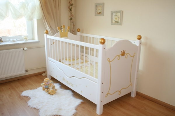 zauberhaftes babybett princess oli niki. Black Bedroom Furniture Sets. Home Design Ideas