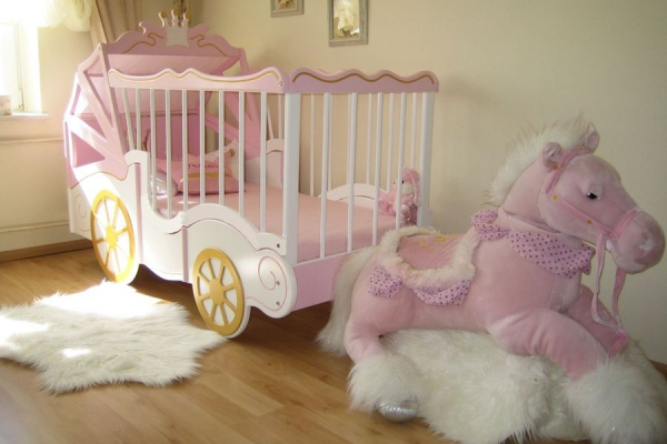 Tolle kutsche als babybett bei oli niki online kaufen - Lit en forme de carrosse ...