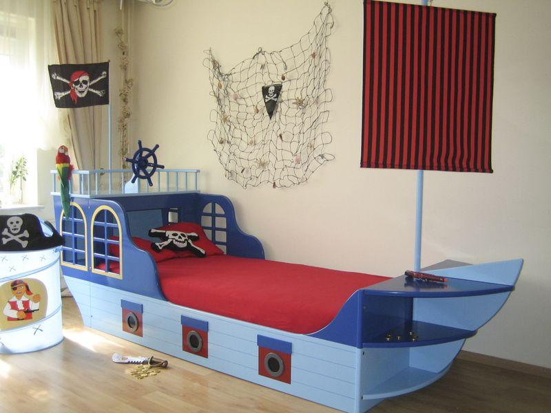 schiffbett piraten in blau bei oli niki online bestellen. Black Bedroom Furniture Sets. Home Design Ideas