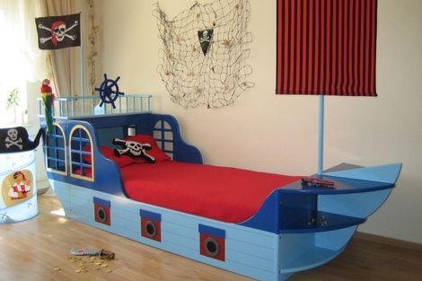 Exklusive kinderm bel babyzimmer oli niki for Kinderbetten jungs